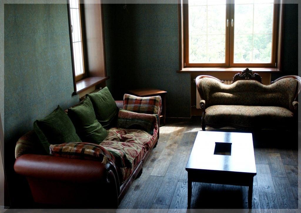Гостиная, общий вид на мягкую мебель