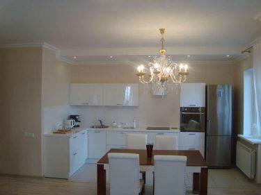 Дизайн интерьера кухни в квартире по ул.Берута